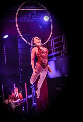 Julia Pospelova - gymnast on aerial hoop